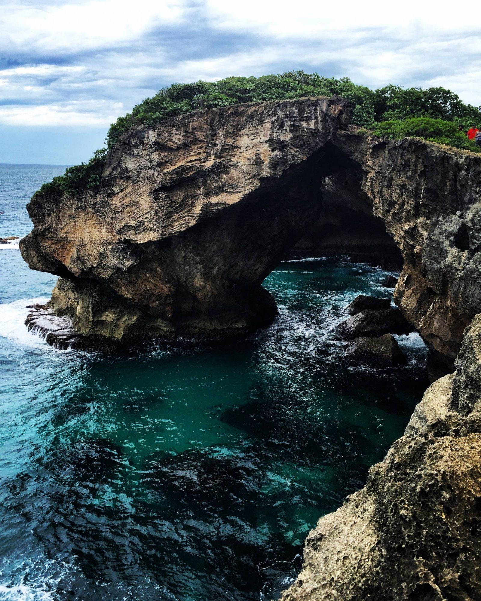 Exploring La Cueva del Indio in Arecibo, Puerto Rico