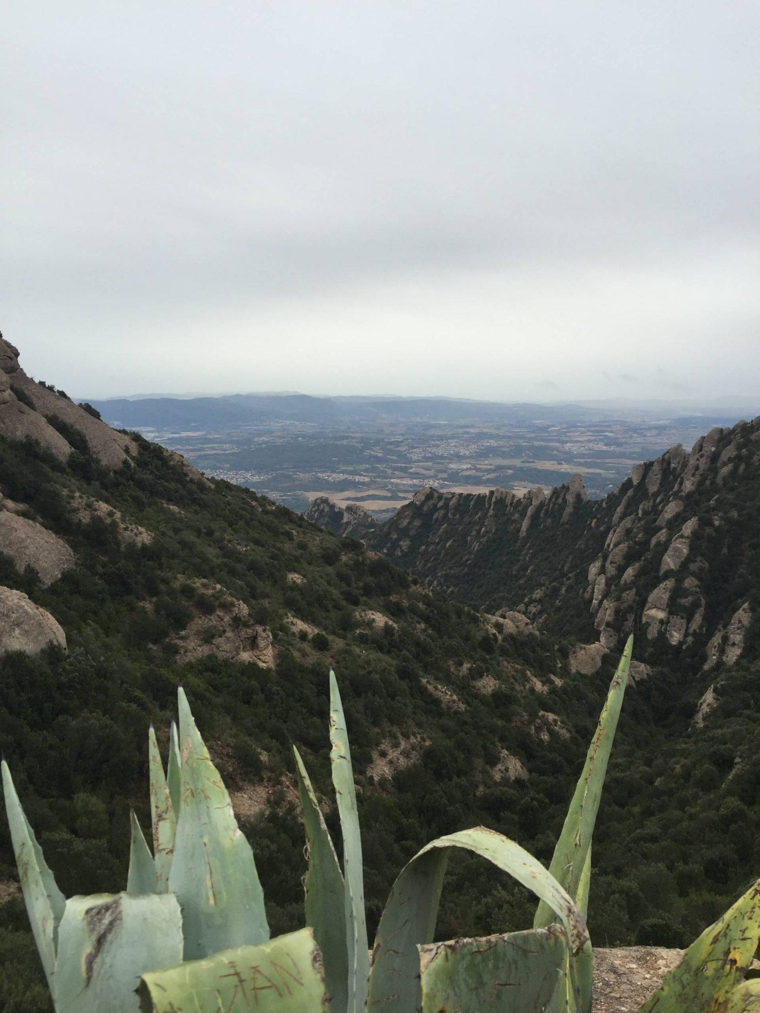Carte Barcelone Montserrat.How To Plan The Perfect Day Trip To Montserrat Spain