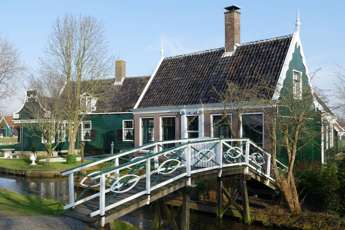 How to Plan the Perfect Half-Day Trip from Amsterdam to Zaanse Schans
