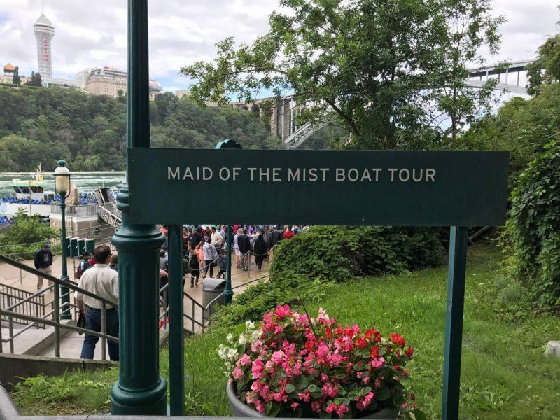 Maid of the Mist Boat Tour Sign