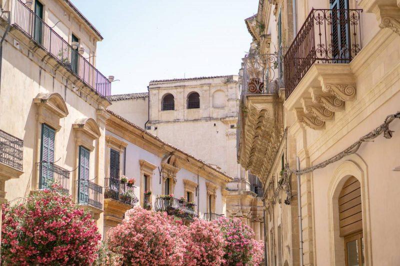 Sicilian architecture