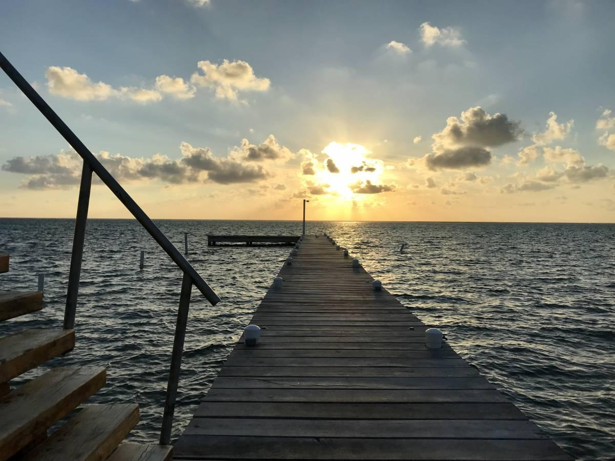 A Review of the Ocean Tide Beach Resort in San Pedro, Belize