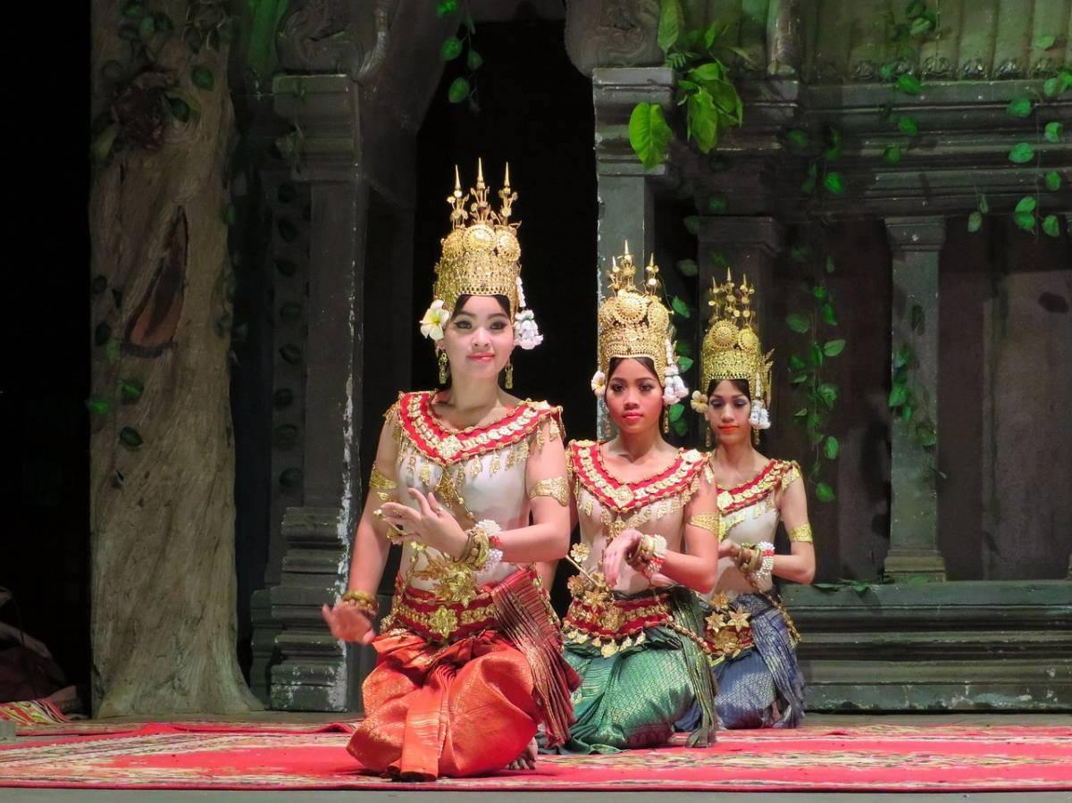 10 Fun and Unique Things to do in Siem Reap, CambodiaBesides Temple Hopping