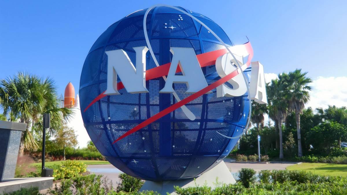 NASA globe spinning