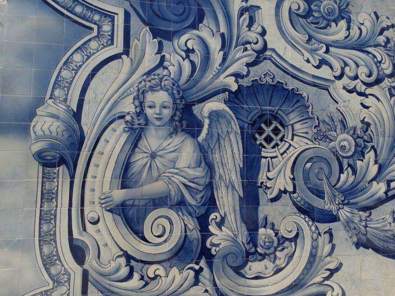 Traditional blue Portuguese tile seen on our Lisbon walking tour