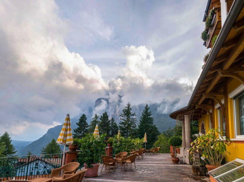 Luxury resort with mountain views
