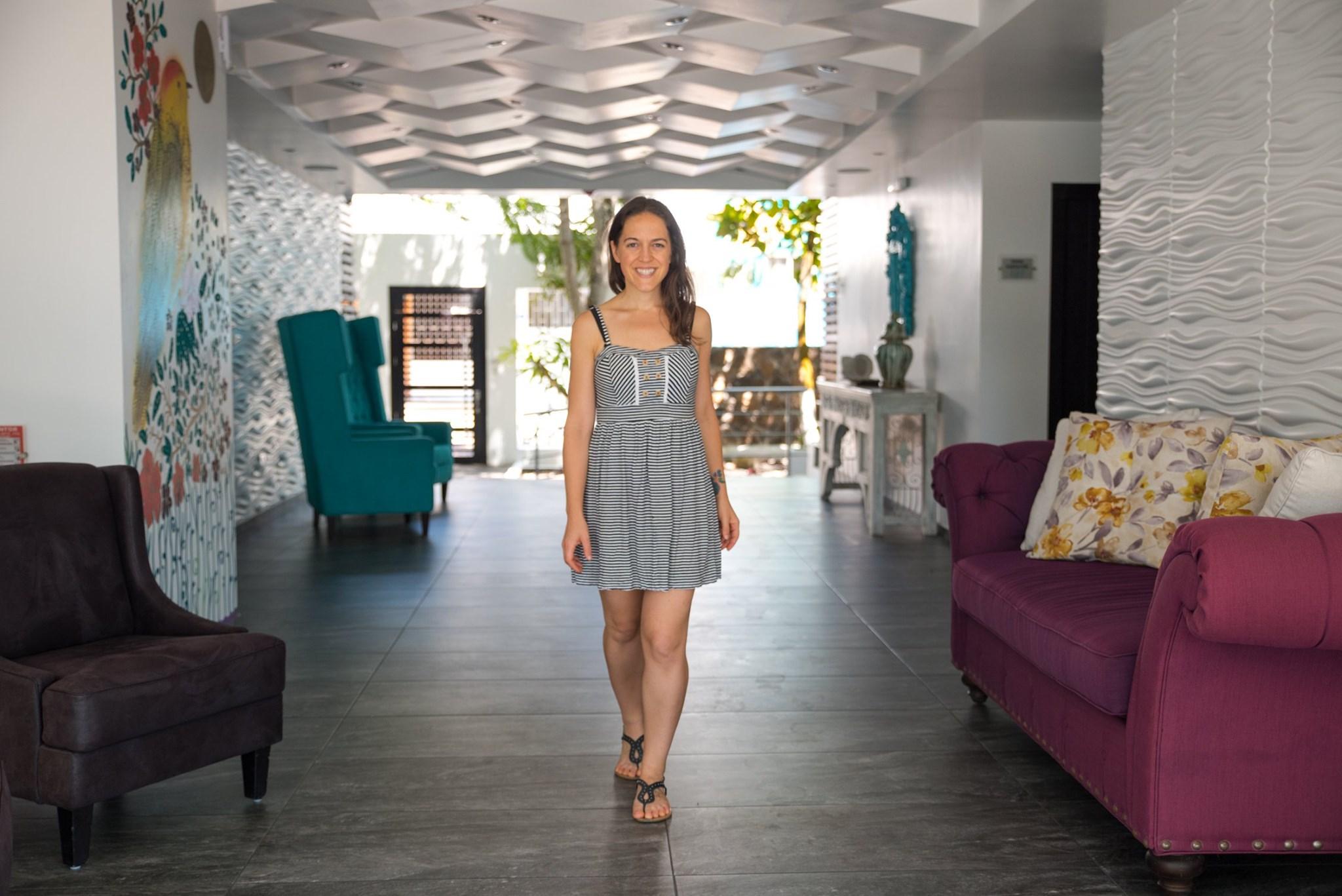 Jessie Festa walking in hotel in Panama